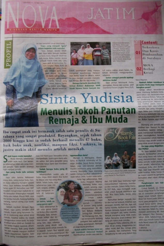 Sinta Yudisia : menulis dengan passion ^_^ ( tabloid NOVA 7-13 Mei 2012, 1263/XXV)