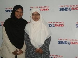 Sindo trijaya FM, Sinta Yudisia, Inayah