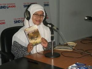 Sindo Trijaya FM, Sinta Yudisia