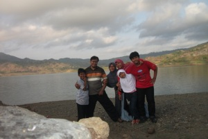 Sinta Yudisia's family di Tulungagung