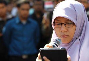 Puisi yg kubacakan saat orasi #SaveEgypt di DPRD Surabaya
