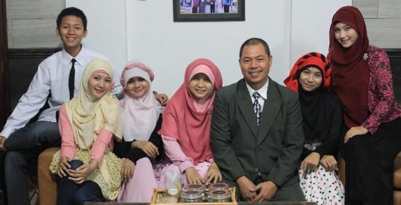 Izzah Ajrina's Family