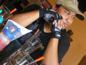 Bang Aswi, blogger and biker