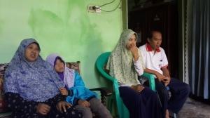Mbak Nuning, Habibah, Hilma dan pak Imam