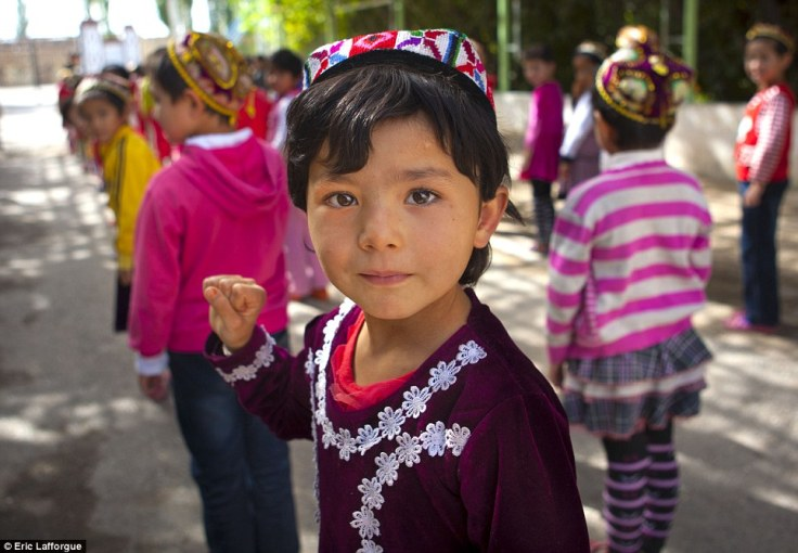 kids in uighur.jpg